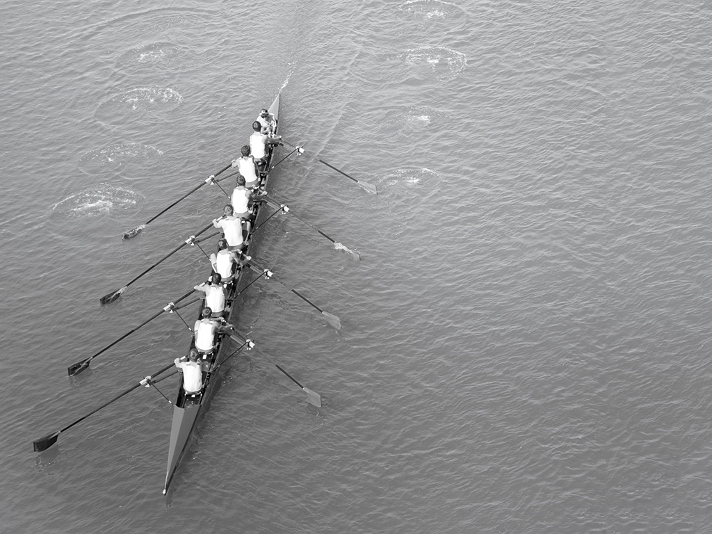 Rowing team in practice session